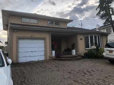 Nassau County Single Family Home For Sale: 3066 Ann St