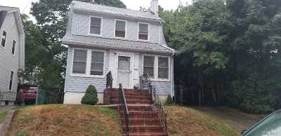 Jamaica Single Family Home For Sale: 109-41 195th St