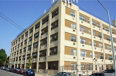 Elmhurst Condo/Townhouse For Sale: 8006 47th Ave #3
