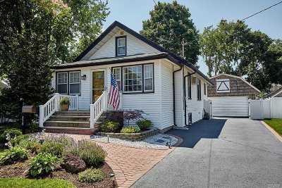 Baldwin Single Family Home For Sale: 890 Steele Blvd