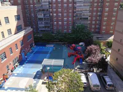 Flushing Condo/Townhouse For Sale: 137-10 Franklin Ave #612