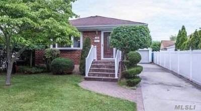 Garden City Single Family Home For Sale: 168 S Roxbury Rd