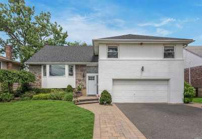 Oceanside Single Family Home For Sale: 3385 Fairway Rd