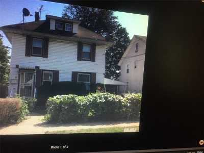 Nassau County Single Family Home For Sale: 6 Duryea Pl