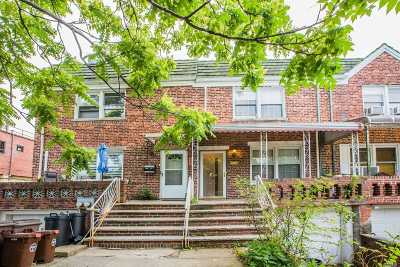 Flushing Single Family Home For Sale: 42-46 195th St