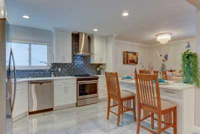 Oceanside Single Family Home For Sale: 584 Patten Ave