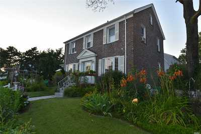 Flushing Single Family Home For Sale: 171-03 45th Ave
