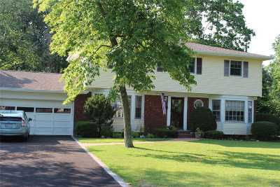 Smithtown Single Family Home For Sale: 49 Mark Dr