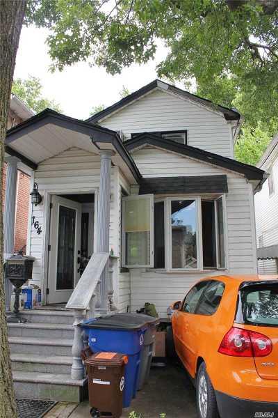 Fresh Meadows Single Family Home For Sale: 164-24 77 Avenue