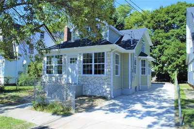 Hempstead Multi Family Home For Sale: 19 Hudson Pl