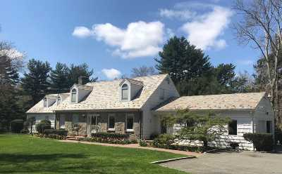 Old Westbury Single Family Home For Sale: 108 Bacon Rd