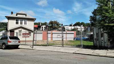 Queens County Commercial For Sale: 7227 60th Ln