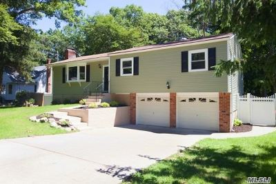 Middle Island Single Family Home For Sale: 5 Cedar Branch St
