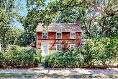 Port Washington Single Family Home For Sale: 25 Locust Ave