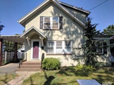 Nassau County Single Family Home For Sale: 1861 Harte St