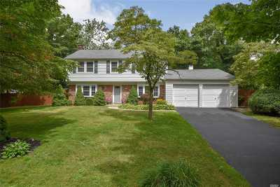 Stony Brook Single Family Home For Sale: 53 Sycamore Cir