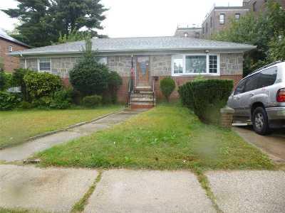 Flushing Single Family Home For Sale: 35-77 163rd St