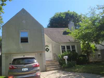 Nassau County Single Family Home For Sale: 242 Hendrickson Ave
