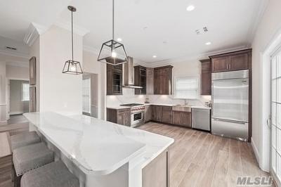 Southampton NY Condo/Townhouse For Sale: $975,000