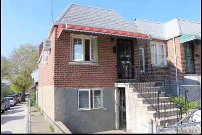 Maspeth Single Family Home For Sale: 60-39 59th Ave