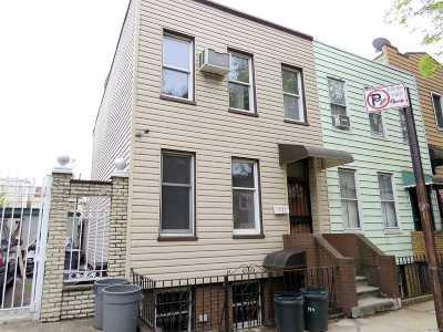 Brooklyn Single Family Home For Sale: 190 Devoe St