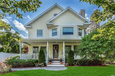 Oyster Bay Single Family Home For Sale: 156 Summers St