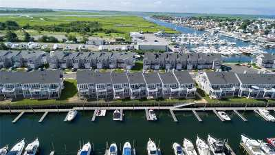 Nassau County Condo/Townhouse For Sale: 29 Ocean Watch Ct #29