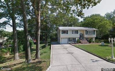 Ronkonkoma Single Family Home For Sale: 418 Southport St