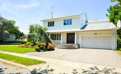 Woodmere Single Family Home For Sale: 966 S End