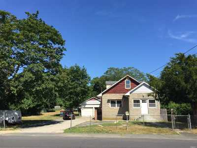 Bay Shore Single Family Home For Sale: 1623 E 3rd Ave