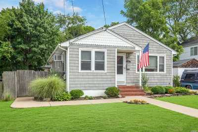Islip Single Family Home For Sale: 87 Lincoln Ave