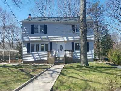 Sound Beach Single Family Home For Sale: 22 High Hill Dr