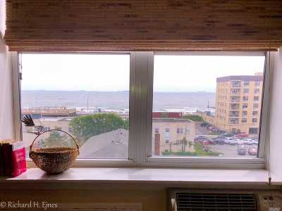 Long Beach NY Co-op For Sale: $350,000