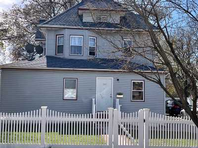 Freeport Multi Family Home For Sale: 168 Bedell St
