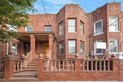 Flushing Multi Family Home For Sale: 21-06 Rene Ct