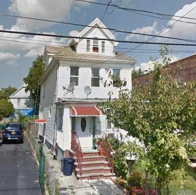Flushing Multi Family Home For Sale: 149-57 Elm Ave
