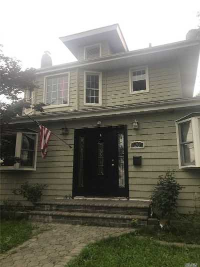 Hempstead Multi Family Home For Sale: 25 Prospect Pl