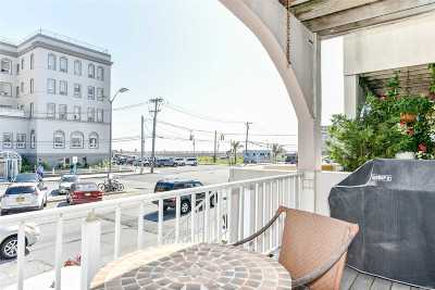 Long Beach Condo/Townhouse For Sale: 275 W Broadway