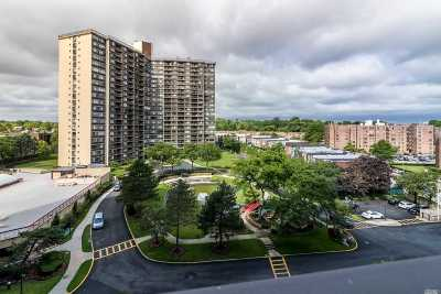 Bayside Condo/Townhouse For Sale: 2 Bay Club Dr #8T