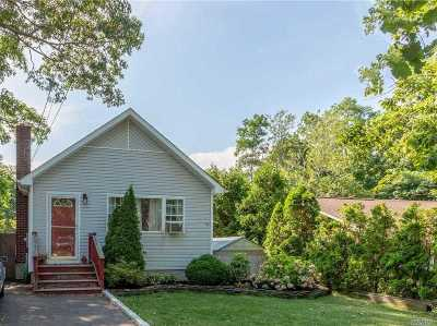 Rocky Point Single Family Home For Sale: 16 Tulip Rd