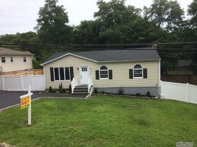 Rocky Point Single Family Home For Sale: 16 Juniper Rd