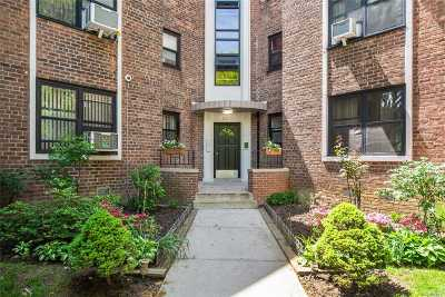 Condo/Townhouse For Sale: 22-60 79th St #2D