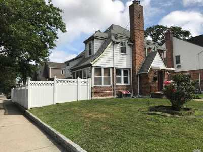 Whitestone Single Family Home For Sale: 199-03 23rd Avenue