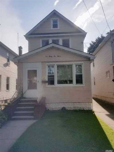 Ozone Park Single Family Home For Sale: 135-15 95th St