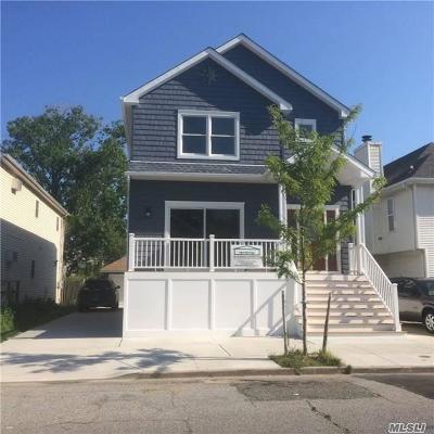 Long Beach NY Single Family Home For Sale: $824,900