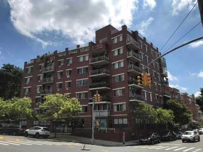 Flushing Condo/Townhouse For Sale: 137-08 31st Rd #6D