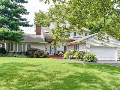 Woodmere Single Family Home For Sale: 557 Woodmere Blvd