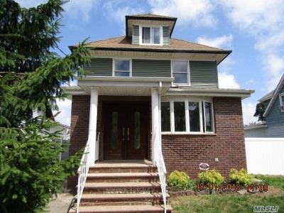 Single Family Home Sold: 47 Oakview Ave