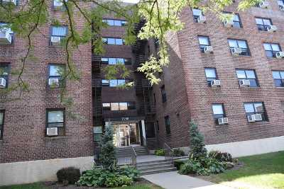 Bayside Co-op For Sale: 73-50 Bell Blvd #2-C