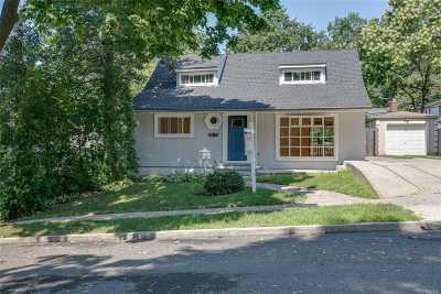 Douglaston Single Family Home For Sale: 248-21 54 Ave